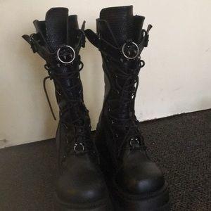 Demonia Shaker Platform Boots